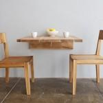 stol-montowany-do-sciany-1