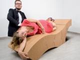 Fotel wykonany z korka