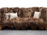 Sofa z futrem
